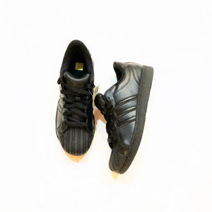 Adidas boys shoes new size 6M black leather laces